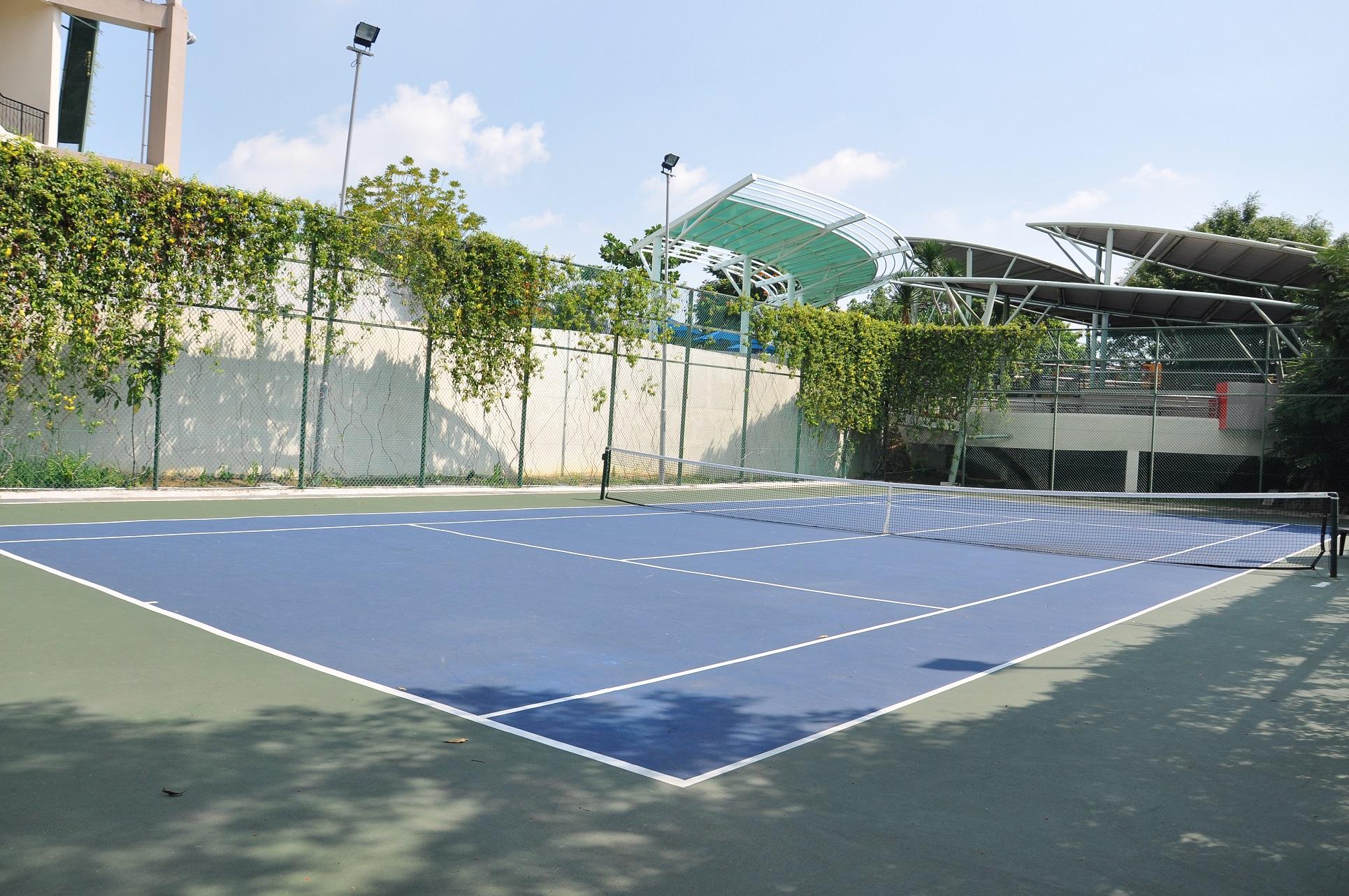 Tennis 1s