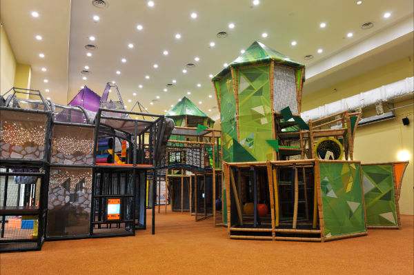 TP PLAYGROUND FRONT VIEW
