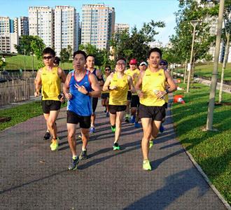 330x300 running