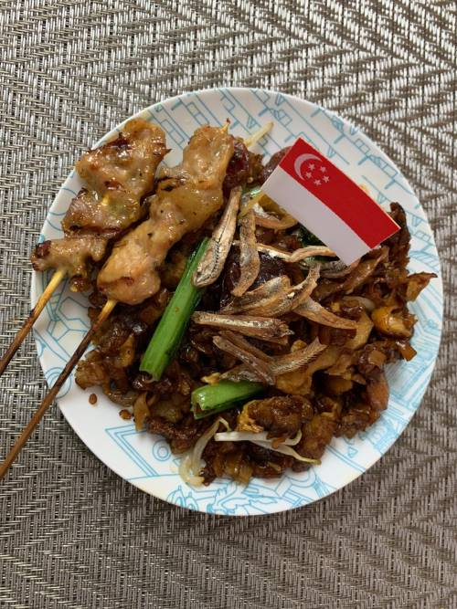 Healthier Char Kway Teow with baked satay (2)
